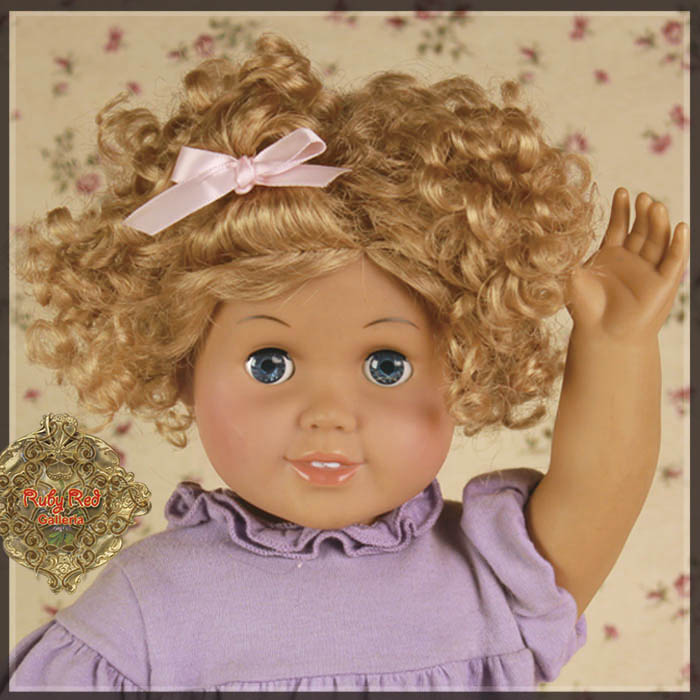 "AD0026A Blonde Curly Wig for 18"" Play Girl"