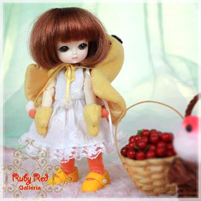 CC0003A Cuddly Chick (with wig) - Cloth Set
