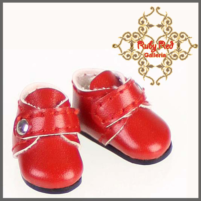 CH0001A Red Walking Shoes