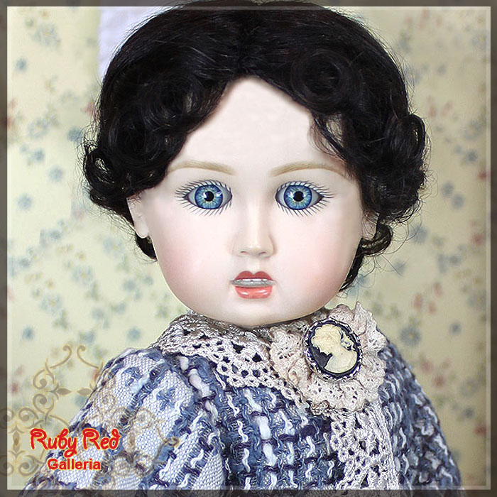 EC0014A Bleuette is Ready-To-Go - Full Coat Set (with wig) - Bleuette Cloth set
