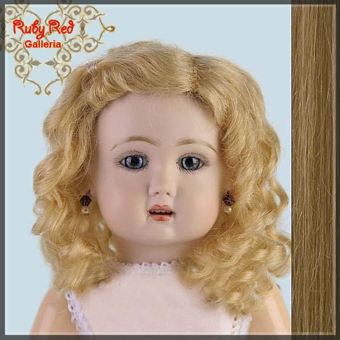 ED0003MH4 Bleuette Ash Blonde Style 3 Wig