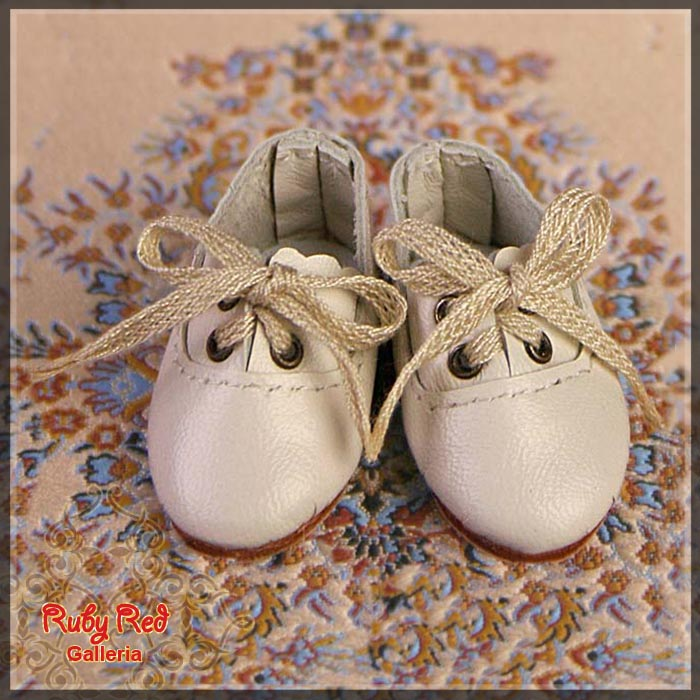 EH0014A White Leather Shoes