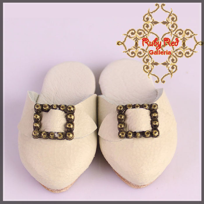 EH0030A White Leather Slipper