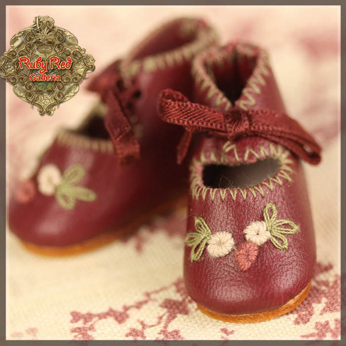 EH0042A Wine Red Leather Shoes with Embroidery