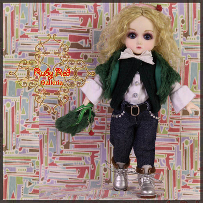 GC0006A Cyber Green (with wig) - Cloth Set