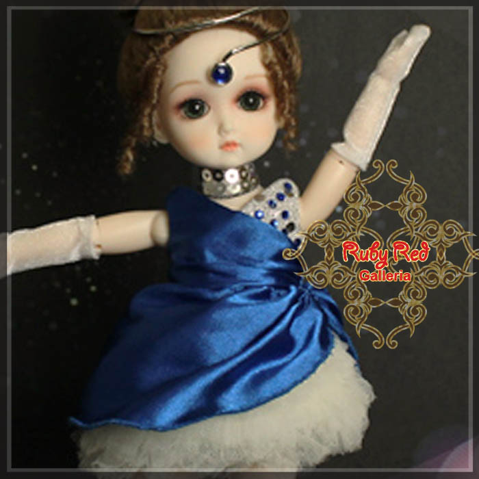 GC0008A Ballerina - Sapphire (with wig) - Cloth Set