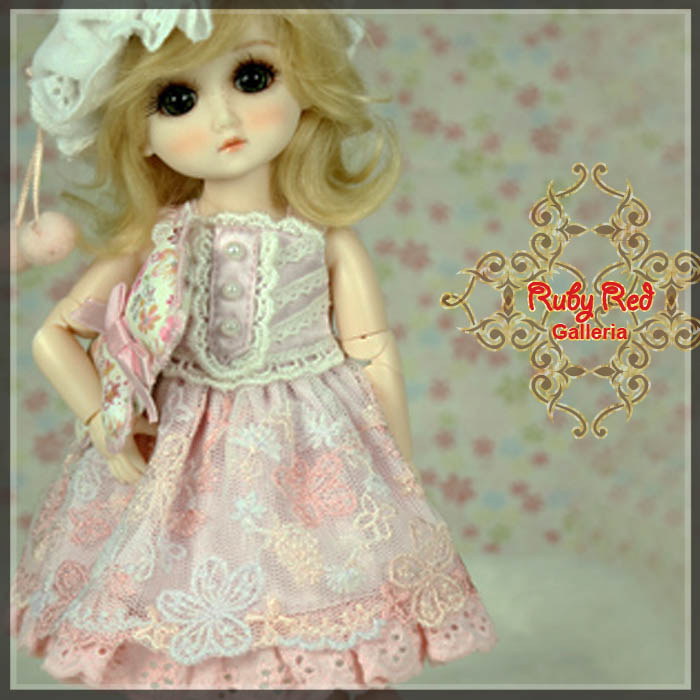 GC0010A Love Pink (with wig) - Cloth Set