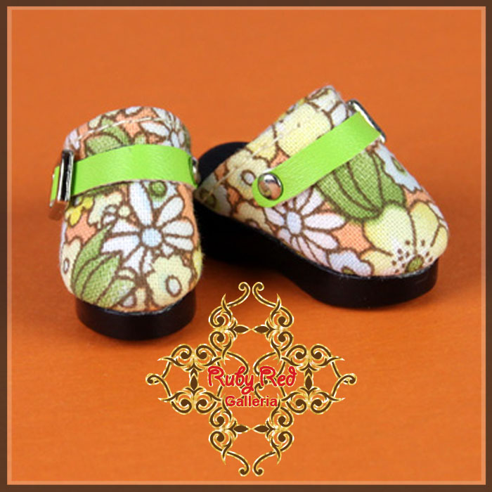 GH0008A Floral Pattern Clogs