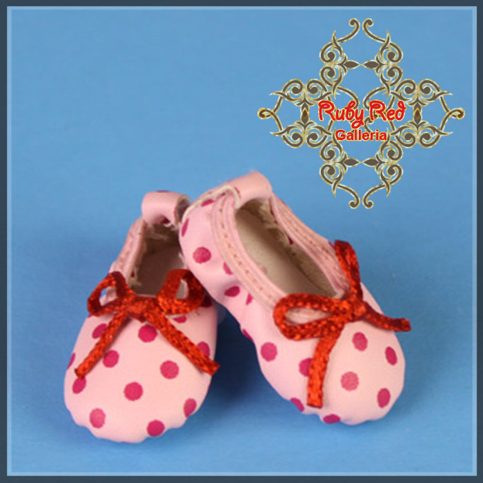 GH0009A Pink Ballet Shoes