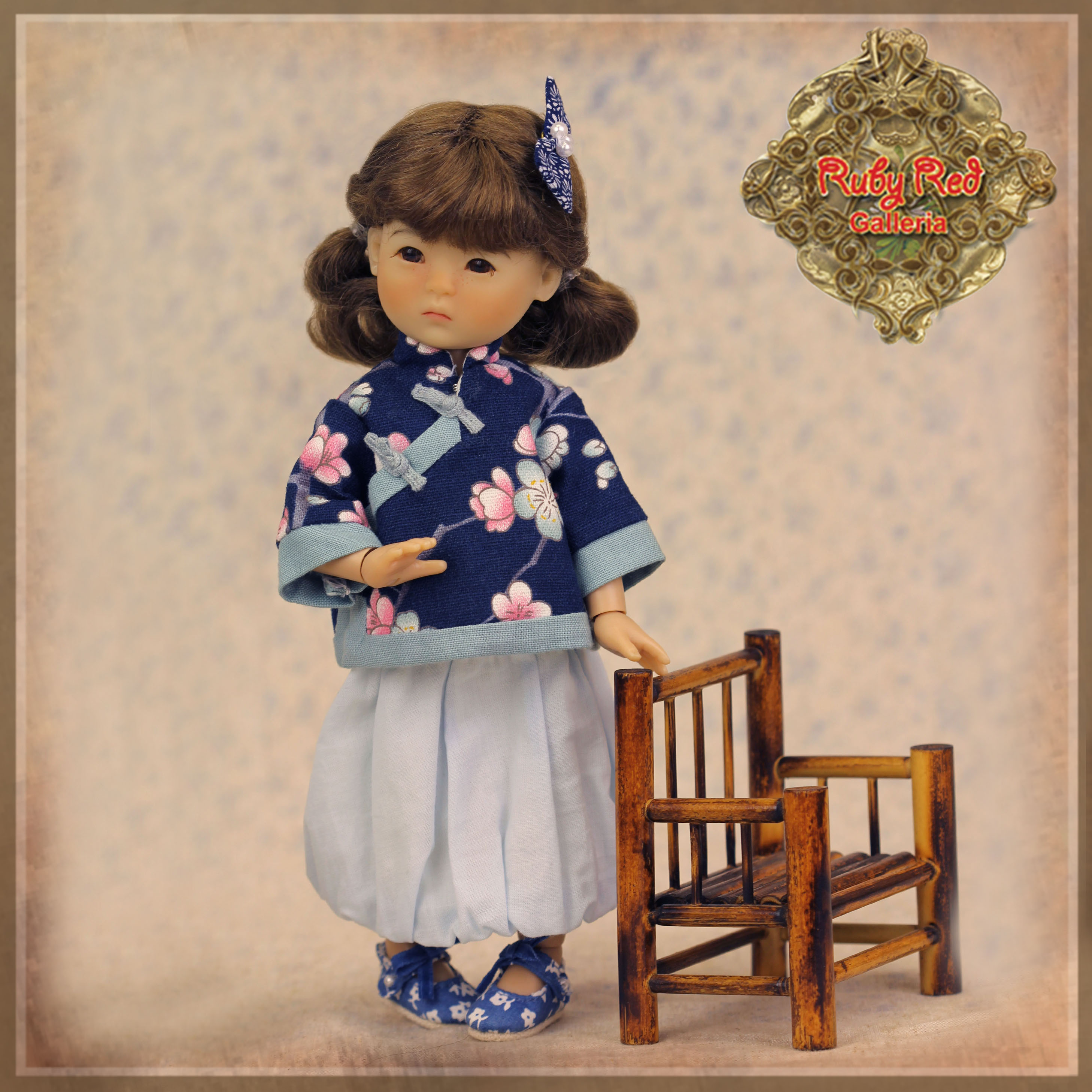 HC0051A Ten Ping Blue Floral Printed Outfit