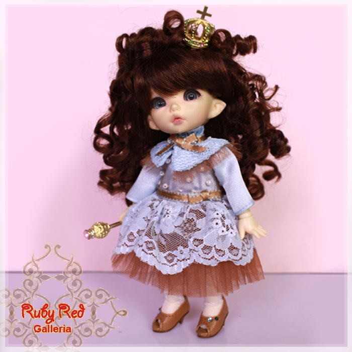 KA0027A Petit Marine Queen (with wig) - Cloth Set