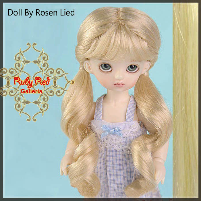MD0005N Pale Blonde Curled Pony Wigs
