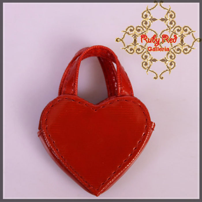 RB0018A Red Heart Bag