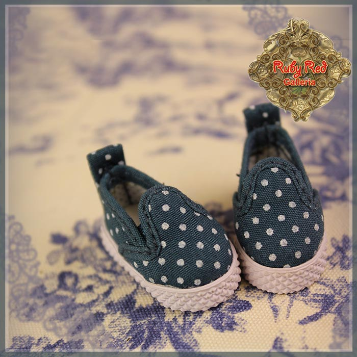 RH0068A Classic White Dots Slip-On