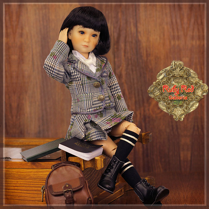 "WA0021A 12"" InMotion Girl - Beatrice"