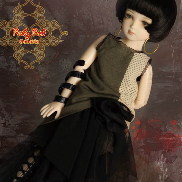 WC0050A Mystery Black (with wig) - Cloth set