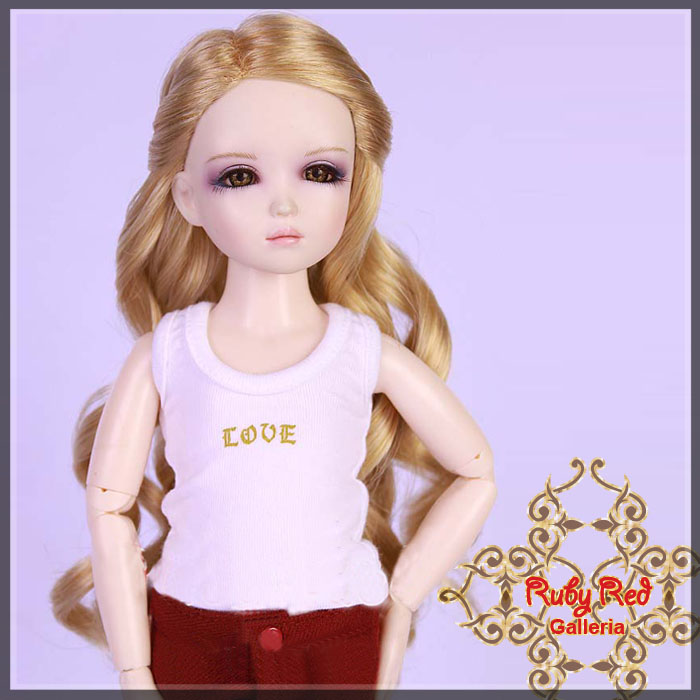 WD0001E18 Golden Blonde Doll Wig