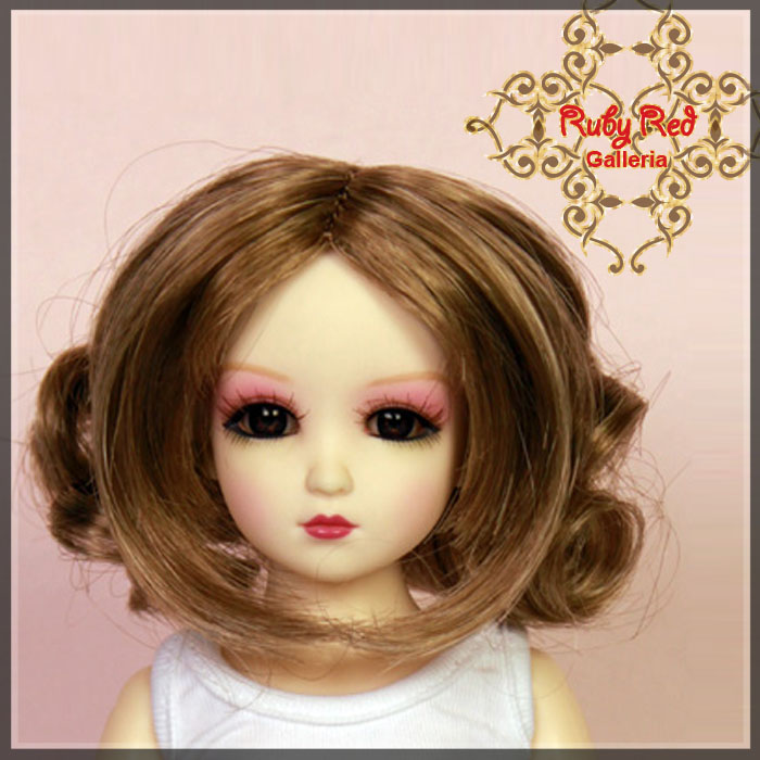 WD0008A Ash Blonde Curly Wig
